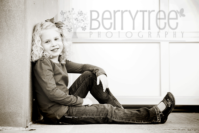 Young DSC 7966 web Full of Sweetness!   BerryTree Photography : Canton, GA Child Photographer