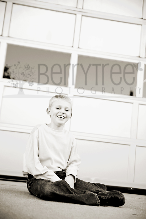 YoungDSC 7959 web Full of Sweetness!   BerryTree Photography : Canton, GA Child Photographer