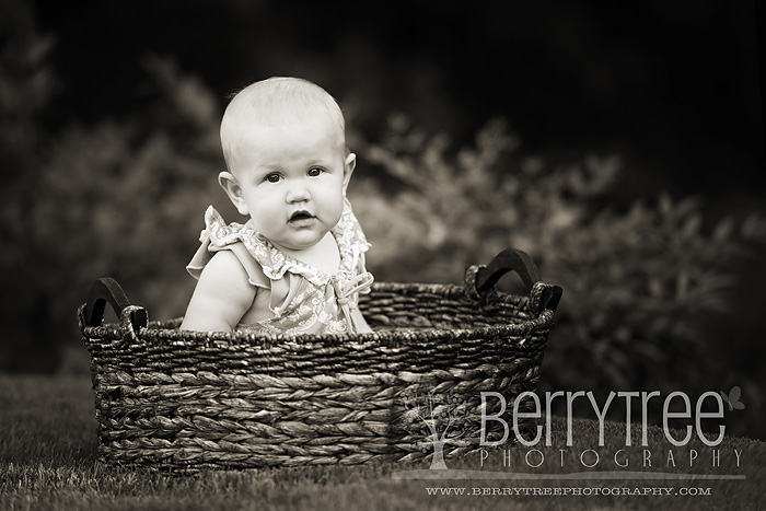 Madison DSC 9339 bw web Im a big girl now!  BerryTree Photography : Canton, GA Baby Photographer