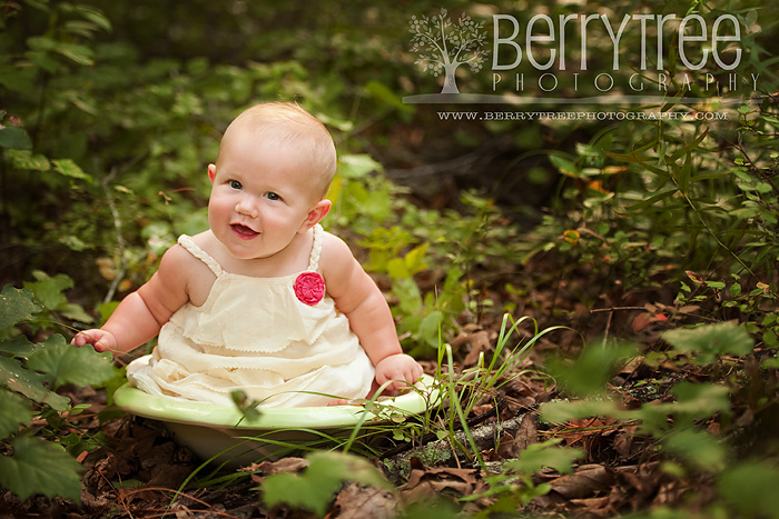 Madison DSC 9366 web Im a big girl now!  BerryTree Photography : Canton, GA Baby Photographer
